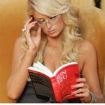 Paris-hilton-reading-the-art-of-war-balboaseniorgov.edublogs.org